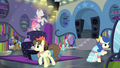 Ponies browsing in Rarity For You S8E4.png