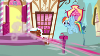 Rainbow Dash sees Pinkie Pie speeding away S7E11