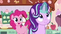 "Starlight ""helping"" Mrs. Cake S6E6.png"