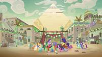 Starlight and Trixie's Somnambula magic show S8E19