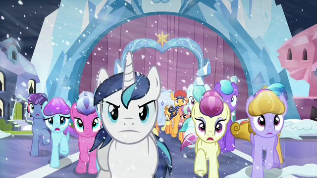 File:The evacuation begins S6E2.png