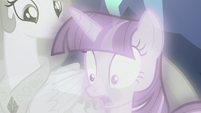 "Twilight ""it would only take one changeling"" S7E1"