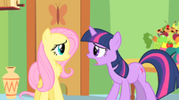 Twilight on the verge of telling Fluttershy S1E20