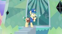 Mail Pony doesn't hear a response S8E8