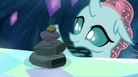 Ocellus making a stack of rocks S9E3