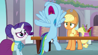 Rainbow -they're gonna think I'm an egghead!- S8E1