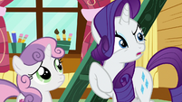 Rarity asks if Sweetie Belle has a fainting couch S7E6