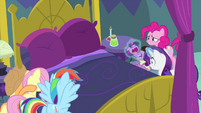 Rarity puts Baby Twilight in Spike's arms MLPS2