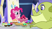 Sludge plops down next to Pinkie's snacks S8E24
