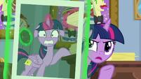 Twilight Sparkle -I'm not envious!- S8E16