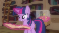 Twilight serious reading S3E13