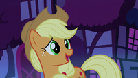 "Applejack ""glad to see somethin' familiar"" S5E13"