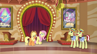 Applejack and Fluttershy hear incoming ponies S6E20