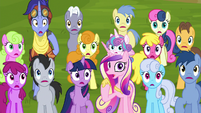 Audience ponies gasping with worry S8E19
