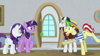 Flim opens a classroom door for Twilight S8E16