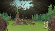 Gloriosa's dome of brambles starts to close EG4