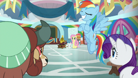 Rainbow crosses her hooves in egotism S9E7