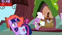 Spike sees Twilight off S03E11