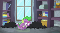 Spike unable to control his fire breath S8E11