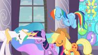 Twilight, Applejack and Rainbow Dash bowing before Celestia S02E01