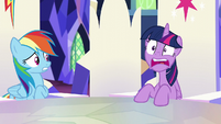 Twilight -they're gonna smash everything!- S5E11