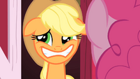 Applejack lying S1E25
