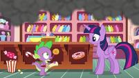 Spike --we've gotta go talk to Applejack-- S6E22