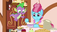 Spike counting Mrs. Cake's desserts S9E23