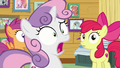 Sweetie Belle shocked to see Rarity S7E6.png