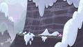 Village ponies pursue Starlight S5E2.png