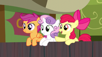CMC encouraging Trouble Shoes S5E6
