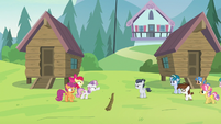 Cutie Mark Crusaders confronting Rumble S7E21