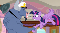 Iron Will forcefully shaking Twilight's hoof S7E22