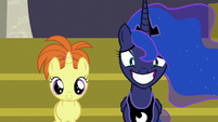 Princess Luna smiling uncomfortably next to a filly S7E10
