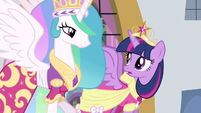 Princess Twilight told to say something S3E13
