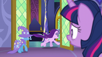 Starlight and Trixie leaving the throne room S6E6