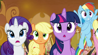 Twilight Sparkle and friends awestruck S9E2