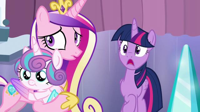 File:Twilight Sparkle shocked S6E2.png