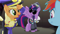 Applejack dressing as Colonel Purple Dart S4E21.png