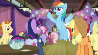 "Rainbow ""I am gonna rule this game!"" S9E16"