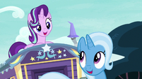 Starlight Glimmer and Trixie start singing S8E19