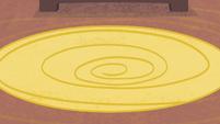 Swirly carpet S4E08