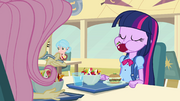 Twilight eating like a pony EG