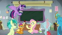 Twilight interrupts Fluttershy's lesson S8E1