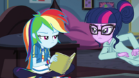 Twilight tells Rainbow Dash to continue studying EGDS6