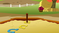 Applejack wins S1E13