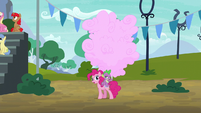 Pinkie, Spike, and giant cotton candy S6E7
