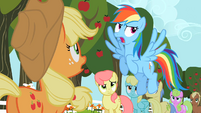 Rainbow Dash complain S02E15