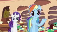 Rainbow Dash talking to Spike S2E21