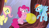 Rainbow offers to listen to Pinkie S5E19